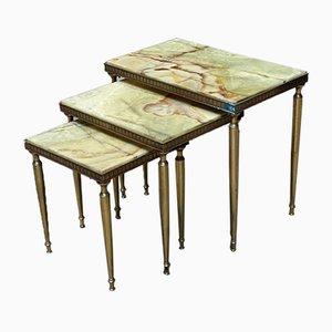 Tavolini ad incastro in ottone ed onice, Francia, set di 3