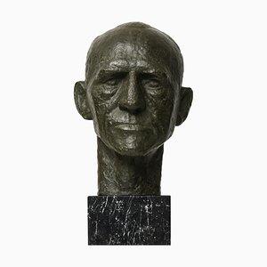 Sculpture of General Harald Petri
