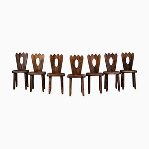 Französische regionalistische Stühle aus massivem Ulmenholz, 7er Set