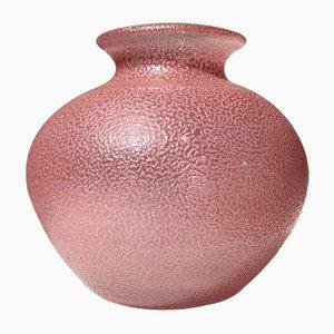 Schwedische strukturierte rosa Glasvase von Orrefors