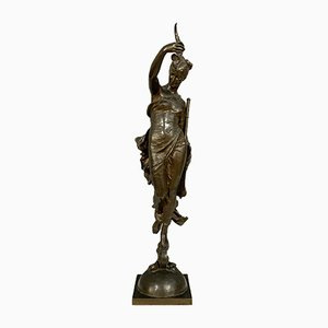 Sculpture en Bronze Patiné par Augustin Moreau Vauthier