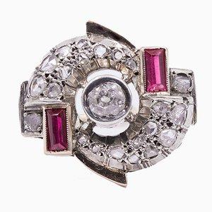 Anello Art Déco in oro 12k e argento con diamanti e rubini, anni '30