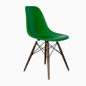 DSW Side Chair in Kelly Green by Charles Eames for Herman Miller