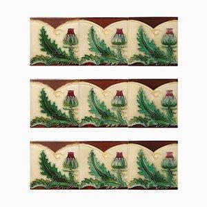 Antike Relieffliese von SA Pavilions, 1920er