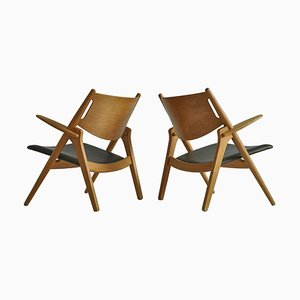 Lounge Chairs in Oak and Dark Green Leather by Hans J. Wegner, 1960s, Set of 2