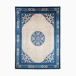 Chinesischer Vintage Teppich in Graubeige mit Border & Medaillon
