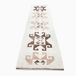 Vintage Handmade Turkish Kilim Runner Rug in Wool
