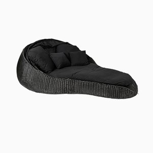 Outdoor Black Interlaced Tongue Chaise Longue in PLT with Black Cushion from Vgnewtrend