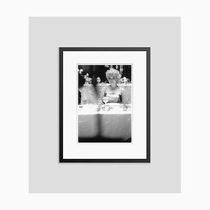 Your Table Awaits Archival Pigment Print in Schwarz von Ed Feingersh gerahmt