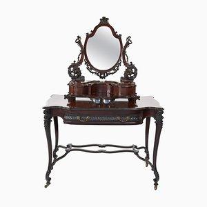 Antiker Geschnitzter Tisch aus Mahagoni im Chippendale Stil