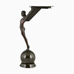 Escultura Icarus Art Déco de un atleta alado después de Schmidt Hofer