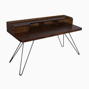 Mid-Century Schreibtisch aus Nussholz, 1950er