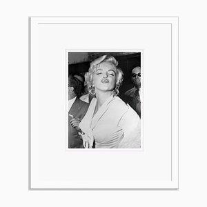 Imprimé Pout Archiv pigmenté Encadré en Blanc par Bettmann