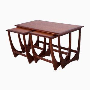 Tavolini ad incastro di Victor Wilkins per G-Plan, anni '60, set di 3