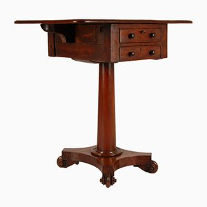William IV Mahogany Pembroke Table with Drop Leaves and 2 Beaded Drawers