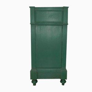 Antiker grün lackierter Nachttisch