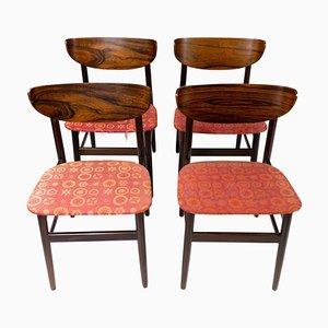 Sillas de comedor danesas de palisandro, años 60. Juego de 4