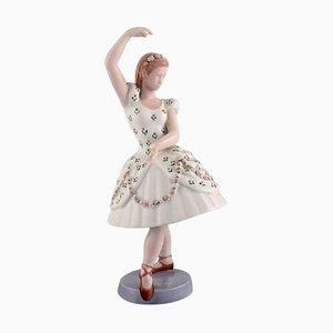 Figurine Numéro 2355 Columbine en Porcelaine de Bing & Grondahl