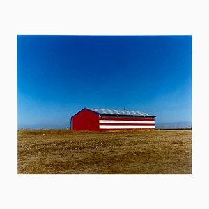 Gestreifte Scheune, Oakhurst, Kalifornien, Amerikanische Farbfotografie, 2003
