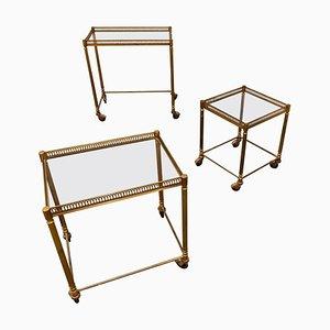 Tavolini ad incastro neoclassici in metallo dorato, anni '50, set di 3