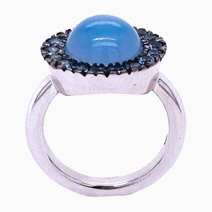 Berca Blue Sapphire Round Natural Chalcedony Cabochon White Gold Cocktail Ring