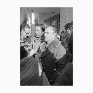 Imprimé Pigmentaire Marlon Brando Encadré en Blanc par Bettmann