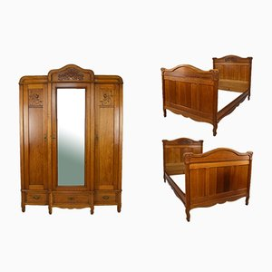 Art Nouveau Wardrobe with Twin Beds in Massive Carved Oak, Set of 3