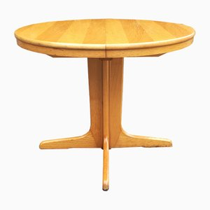 French Extendable Round Table, 1970s