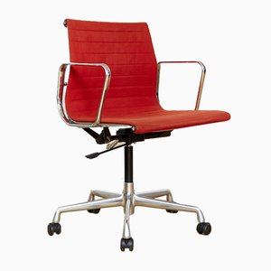 EA 117 Office Chair by Charles & Ray Eames for Vitra