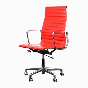Mid-Century Aluminum Model Ea-119 Swivel Chair by Charles & Ray Eames for Vitra