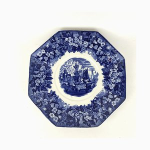 Antique English Blue & White Earthenware Stand/Plate from Wedgwood, 1910s