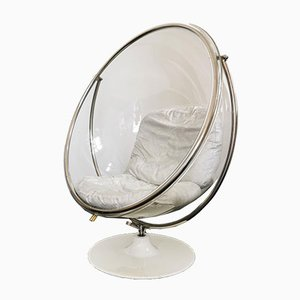 Bubble Chair in White Lacquered Cast Iron, Chrome Metal & Plexiglass with Silver Cushions