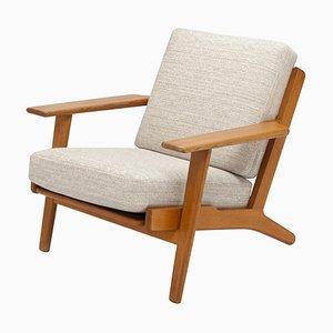 Oak GE290 Lounge Chair by Hans Wegner for GETAMA