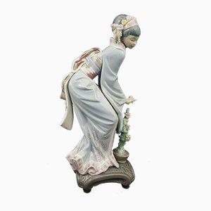 Model 1449 Lladro Figurine Geisha Girl