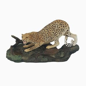 Model 2725 Beswick Cheetah on Rock