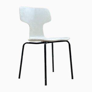 Scandinavian Children's Chair by Arne Jacobsen for Fritz Hansen