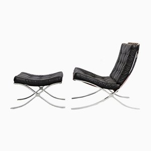 Model MR90 Barcelona Lounge Chair & Ottoman by Ludwig Mies Van Der Rohe for Knoll Inc. / Knoll International, Set of 2