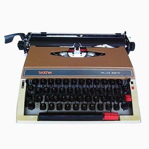 Máquina de escribir Deluxe 662 TR de Brother, años 70
