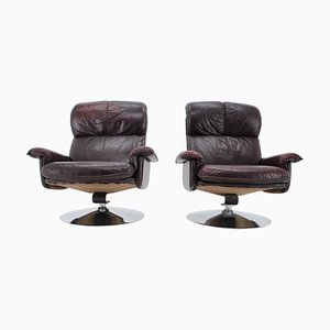 Scandinavian Space Age Style Leather and Chrome Armchairs from M-Top, 1970s, Set of 2