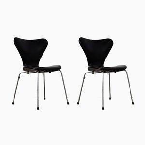 Sedie da pranzo nr. 3107 in pelle di Arne Jacobsen per Fritz Hansen, anni '60, set di 2