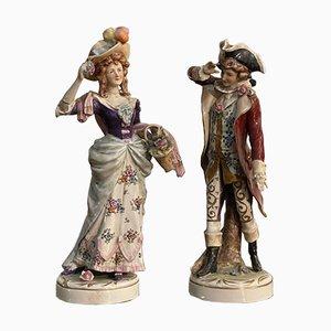 Dama y caballero de cerámica de Capodimonte. Juego de 2