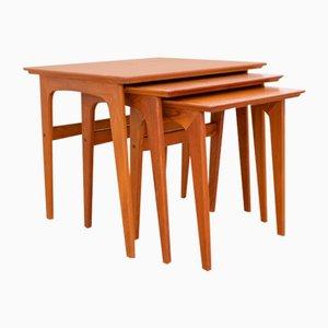 Mesas nido Mid-Century de teca de Verner Pedersen para Road Table Factory, años 60. Juego de 3