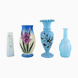 Antike Vasen aus handbemaltem mundgeblasenem Opalglas, 1900er, 4er Set