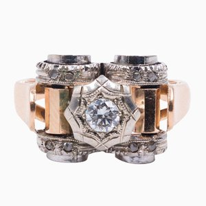 Art Decò Ring in 18K Gold with Central Diamond