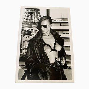 Fotografie Front & amp; Rückseite Recto: Suzy at Home, Paris 1974 Rückseite: Gunilla Bergst 1974