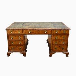 Antiker Partner-Schreibtisch aus Nusswurzelholz