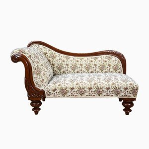 Small Victorian Chaise Longue