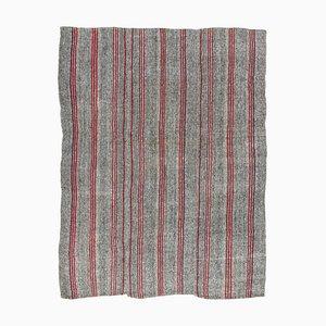Alfombra Kilim turca vintage de lana gris y algodón con rayas rojas, años 60