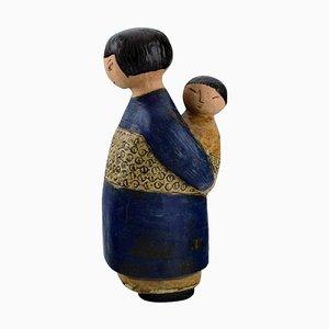 Madre japonesa con niño de cerámica esmaltada de Lisa Larson, años 70