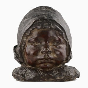 Busto in bronzo di una ragazza